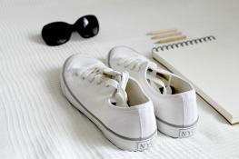 shoes-2465908_640