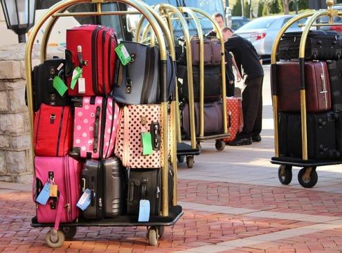 bellman-luggage-cart-104031_640